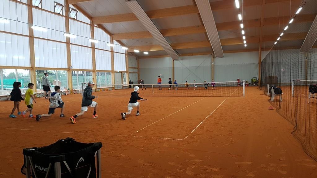 Toller Start am ersten Tag des Tennis-Ostercamps